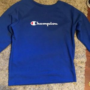 New with out tags Champion crew neck sweater